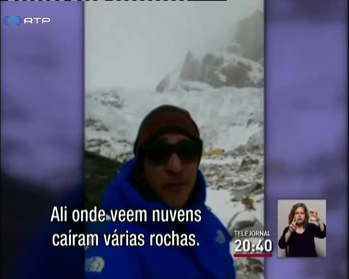Alpinista relata consequ�ncias do sismo no Everest