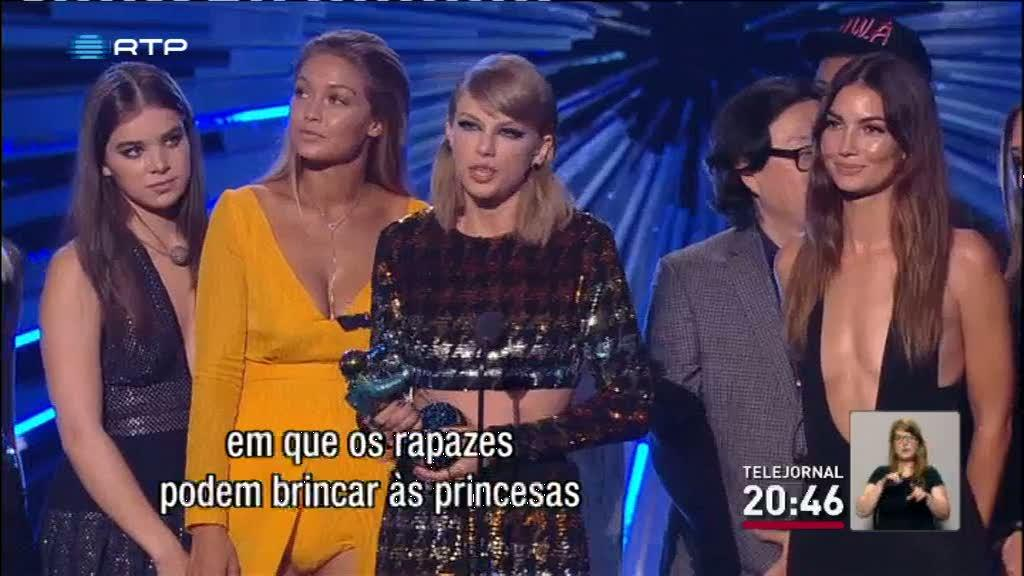 Taylor Swift arrecadou quatro pr�mios dos Video Music Awards