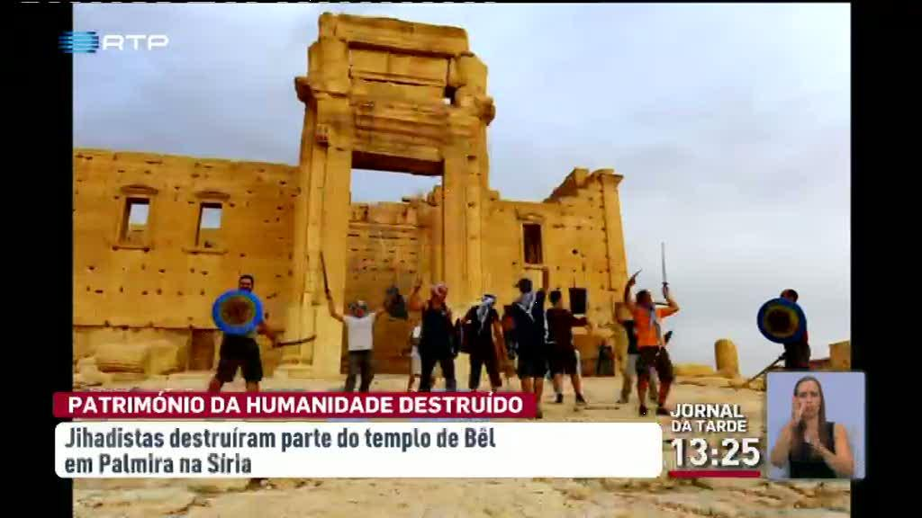 Estado Isl�mico destr�i parte do mais importante templo de Palmira