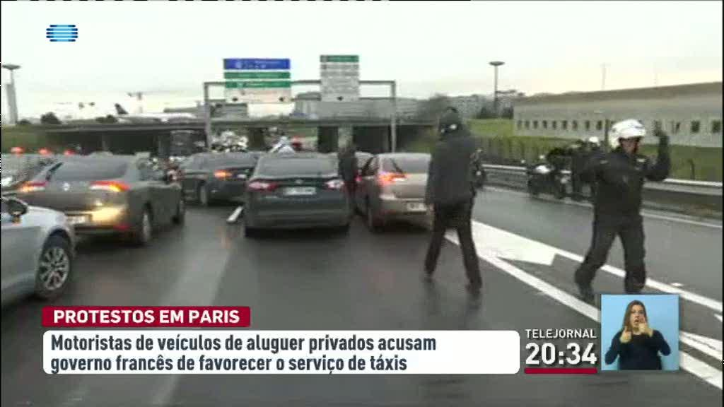 Motoristas privados protestam em Paris