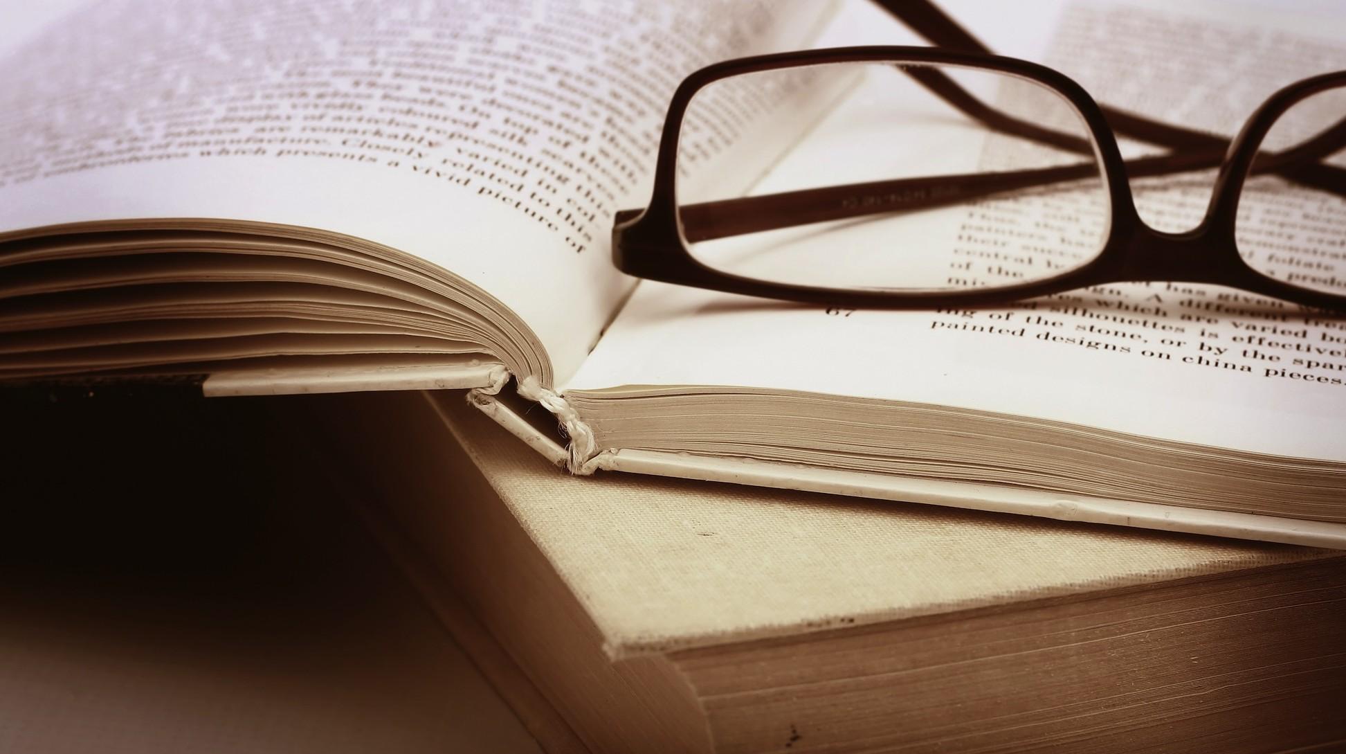 À Volta dos Livros